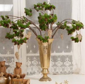 Bilde av Gran gren med kongler og glitter L:85cm